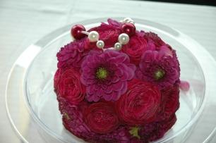 bouquet bulle roses et dahlias